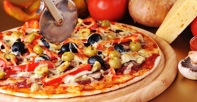 holzofen pizza pizzalieferdienst langen italienische pizza italienisch deutsche gerichte. Black Bedroom Furniture Sets. Home Design Ideas